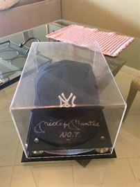 Mickey Mantle signed hat