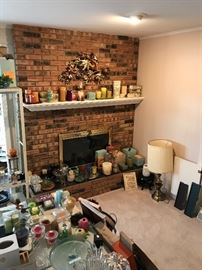 Candles!  Some barely used others brand new! Some still in boxes.  Partylite, Yankee, Etc.