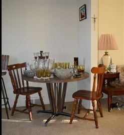 Kitchen Table Chairs Lazy Susan Glassware