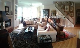Okay, Jay bought a new toy with panoramic capabilities.  (So far, I am not a big fan!) But this home (backing up to a preserve) is expansive, bright and gorgeous...but presents a real glare issue.  Still, this living room set is practically a give away...not to mention the couch is a hide-a-way!