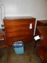 mid century furniture, bedroom sets, dining sets, sofas, leather recliners, housewares, antiques, silver, collectibles