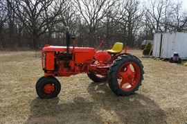 1946 VAC CASE TRACTOR WITH A JOHN DEERE SEAT