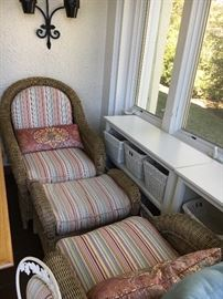 Pottery barn wicker chair