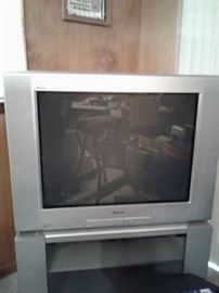 Sony TV and stand 32""