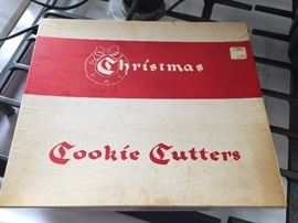 vintage Christmas cookie cutters