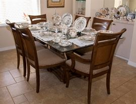 "Dinning Room Table  and Chairs by ""Hooker Furniture """