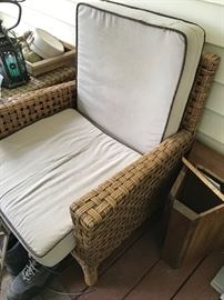 Rattan chair w/cushion