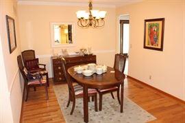 Dining room has Thomasville furniture.