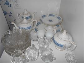 party plates and more of the china set