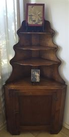 EKT001 Vintage Etagere Solid Wood Corner Display & Antique Photos