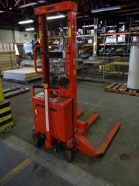 Interthor Electric Pallet Lift, Model # EHSS 100/1 ...