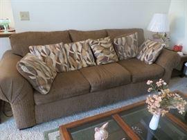 Simple Elegance sofa