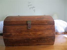 Handmade small trunk