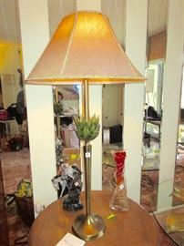 I love this retro  lamp, tall, thin brass with an artichoke type decoration on the stem, and, we have 2 of them