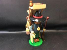 Vtg. Steinbach Volksunst Walking Merchant Figurine