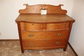 furniture actique dresser