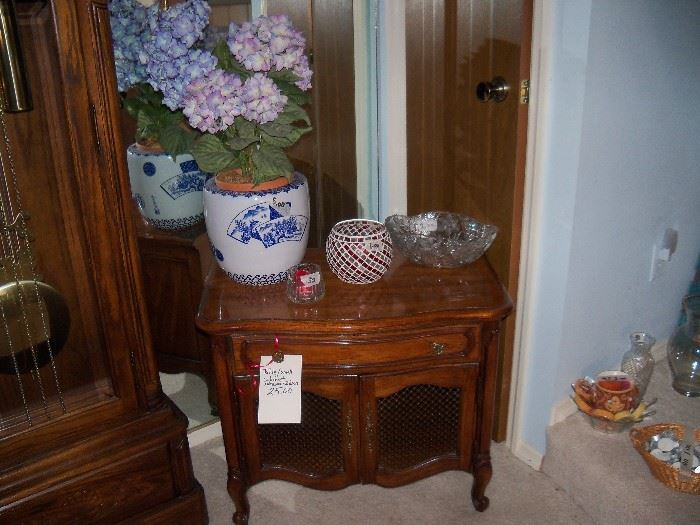 one of two side table/nightstand by Thomasville (so cute painted white, very shabby chic)