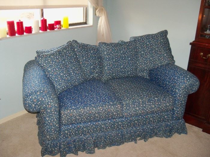 blue sofa/loveseat (perfect for a bedroom)