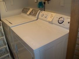 GE washer and dryer (electric)