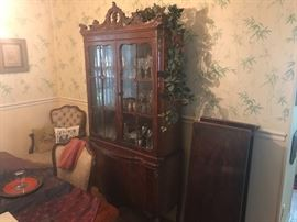 Matching Burlwood Hutch MINT Condition