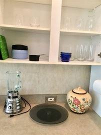 Blender, cookie jar, vintage blender