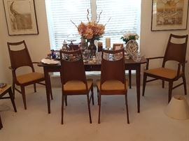1960s Bassett Table & 6 Chairs 1 Leaf