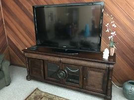 "65"" Sharp Aquos  Flat Screen TV"