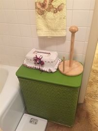 Vintage green hamper