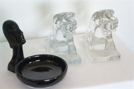 Solid glass elephant bookends