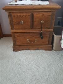 One of 2 night stands that match the 4 poster bed and 2 dressers