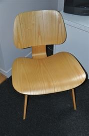"""A pair of Herman Miller Eames Molded Plywood Lounge Chairs available, 22""""w x 26.5""""h x 23.5""""d"""