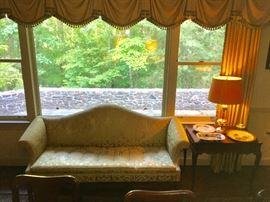 Kittinger sofa and tea table