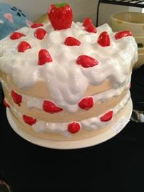 Scrumptious looking cake cover complete with strawberries