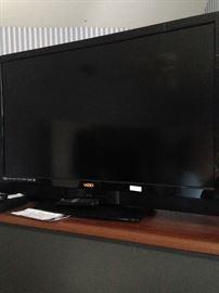 42 inch Vizio flatscreen TV