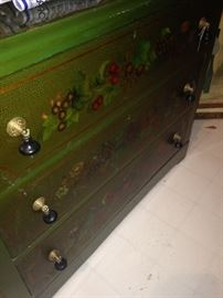 Painted 3-drawer chest