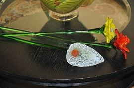 Wonderful blown glass flowers, 4 available
