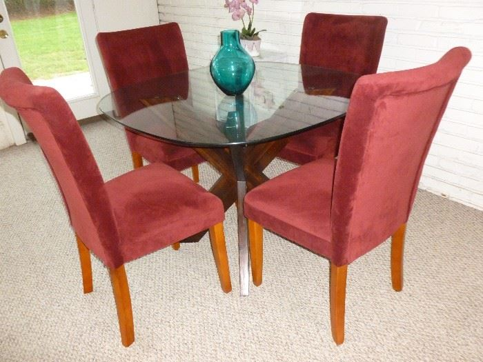 Glass top table w/4 high back chairs