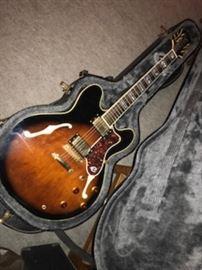 Gibson Sheraton VSB Epiphone & Guild George Benson C-50