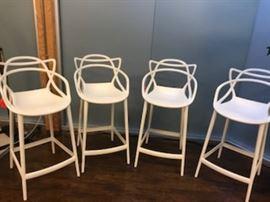 bar stools set of 4 like new