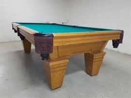 "American Heritage ""Avon"" pool table"