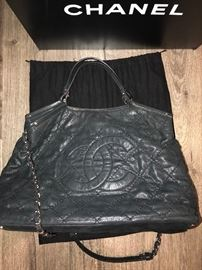 AUTHENTIC CHANEL SPECIAL EDITION SHIMMER LEATHER LARGE TOTE