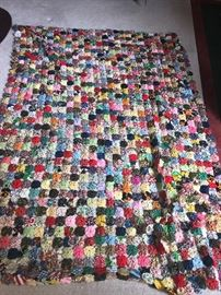 HAND-MADE QUILT BLANKET