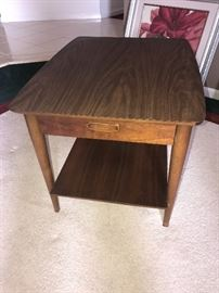 LANE WOODEN SIDE TABLE