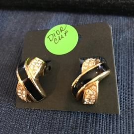 DIOR CLIP-ON EARRINGS