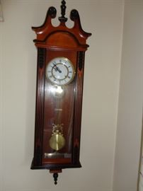 PENDULUM 31 DAY WALL CLOCK
