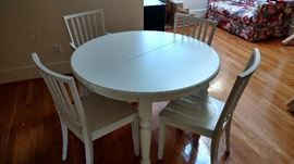 Pottery Barn set with 2 leaves and 6 chairs-2 arms, 4 sides
