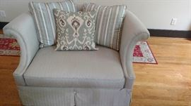 """Haverty's chair and a half-56"""""""