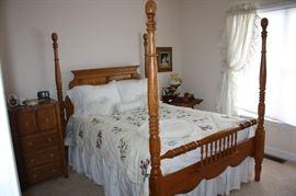 Wonderful4 post bed