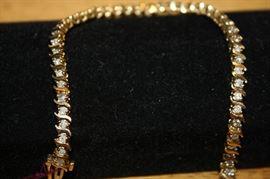 14K Gold and 4.8 Carat Diamond Bracelet