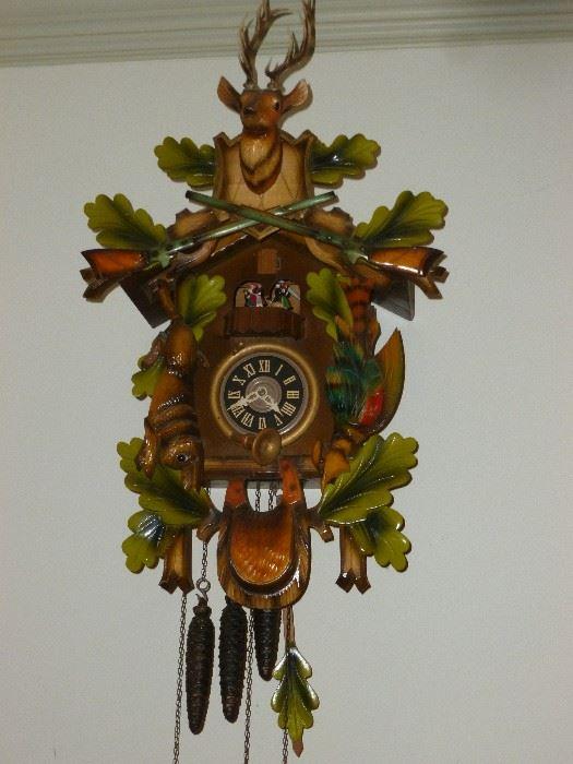 Killer musical Cuckoo Clock..works great!